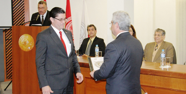 Docente de la FIUNA es nuevo Director General del CETUNA