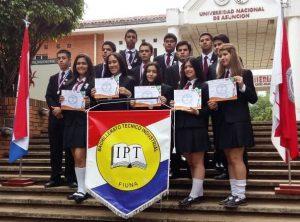Estudiantes del IPT
